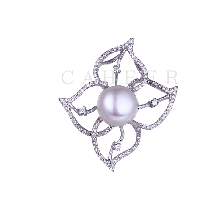 Luxurious Flower Pearl Pendant K0052P