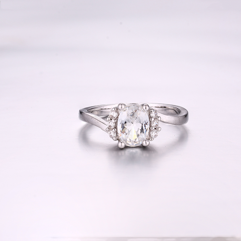 Simple Oval CZ Ring K0294R