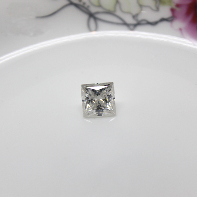 White Moissanite Square Cut Synthetic Diamond for K Gold Jewelry